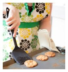 Bulk Cookie Tins 120 Biscuits For Less Than 7 Stay At Home Mum