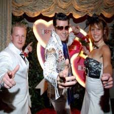 elvis wedding in vegas las vegas elvis weddings elvis theme wedding packages