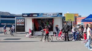 se bildene av tour of norway for kids i honningsvåg radio nordkapp