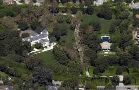 Brentwood California Celebrity Homes by David Geffen Is He Or Isn U0027t He U2013 Variety