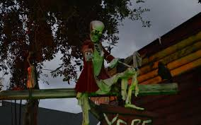 halloween outside decorations best collections of halloween lawn decorations all can download