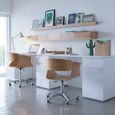 deco pour bureau bureau pour la maison blanc et bois décoration étagère et