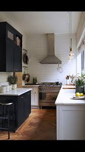 Small Square Kitchen Design Best 25 Square Kitchen Layout Ideas On Pinterest Square Kitchen