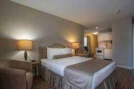 chambre d hote avec kitchenette chambre d hôtel avec la kitchenette photo stock image du inside