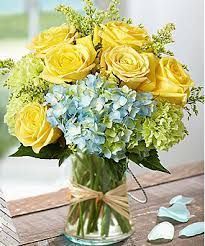 Flowers Delivered With Vase Deliver A Beautiful Flowers Arrangement Of Hydrangea U0026 Roses