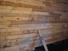 chambre en lambris bois délicieux comment peindre le plafond 13 indogate chambre
