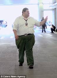 Black Guy Dancing Meme - man who looks and sounds like peter griffin becomes internet