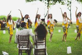 hawaiian wedding with a stunning traditional ceremony