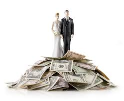 this is the right way to discuss your wedding budget with your