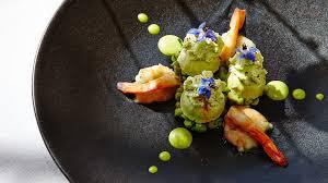 cuisine gastronomique restaurant en bord de mer st tropez château de valmer cuisine