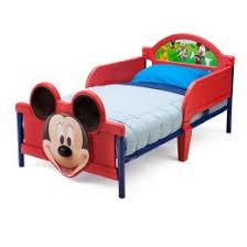 bureau enfant mickey table avec 2 chaises mickey disney chambre bureau mobilier gifi