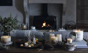 100 candles that smell like fireplace 20 seasonal candles