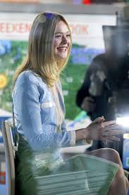 today show set elle fanning on the set of u0027today show u0027 in new york 12 15 2016
