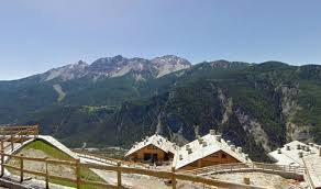 Italy Houses by Mountains Homes Landscape Buildings Italy Architecture Houses