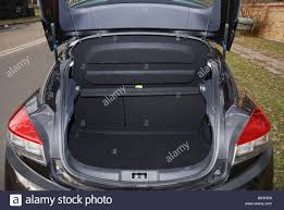 renault fluence trunk megane mk3 stock photos u0026 megane mk3 stock images alamy