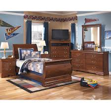 Harlem Furniture Outlet Store In Lombard Il by Harlem Furniture Living Room Sets Danada Bedroom Set Illinois