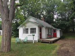 two bedroom cottage manistee two bedroom cottage 5 blocks vrbo