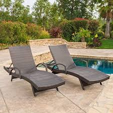 Amazon Com Patio Furniture by Amazon Com Set Of 2 Olivia Outdoor Brown Wicker Armed Chaise