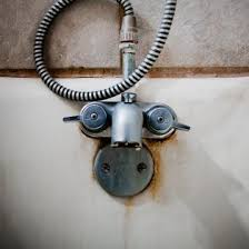 How To Remove Stains From Bathtub Cleaning Well Water Stains From A Bathtub Thriftyfun