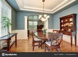 pareti sala da pranzo sala da pranzo classica americana interno con le pareti verdi
