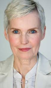 latest and gorgeous trendy short haircuts for older women jere