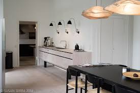 How To Furnish Your Home With Creative Home Staging Ideas - Dining room staging