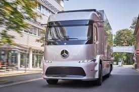 mercedes commercial trucks mercedes trucks bringing all electric heavy duty truck to