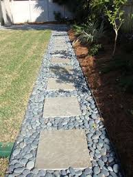Flagstone Ideas For A Backyard Best 25 River Rock Path Ideas On Pinterest Grass Edging Garden
