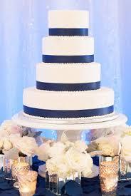 wedding cake holder pedestal cake stand 18 wedding rentals columbus got ya