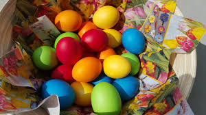 cheap easter eggs eggs easter customs and traditions whyeaster