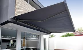18 awesome retractable patio awning that will add value of your
