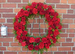 monochromatic wreath floral