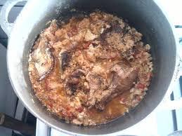 bonne cuisine camerounaise sauce pistache au poulet fume