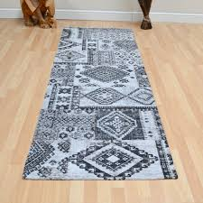 Black White Runner Rug Rug Rug Runners For Hallways To Protect Your Flooring And Absorb