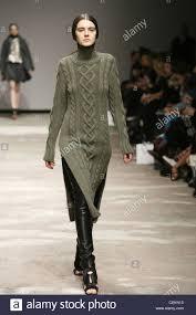 christopher kane london ready to wear autumn winter grey green