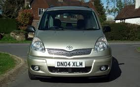 now sold 2004 toyota yaris verso 1 3 t spirit 55k 2 family
