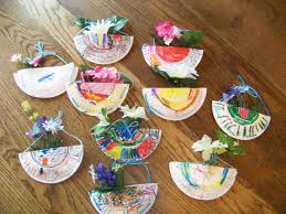 may day flower baskets kids craft paper plate markers yarn