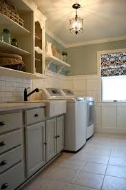 Laundry Room Wall Decor Ideas by Best Laundry Room Colors 10 Chic Laundry Room Decorating Ideas