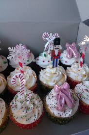 cupcake delivery cupcake delivery dallas birthday wedding cupcakes dallas tx