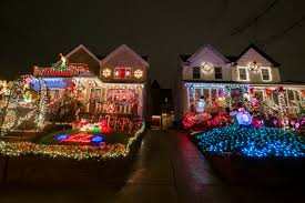 dyker heights brooklyn christmas lights 9 gorgeous christmas displays from dyker heights the fiscal times