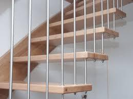 freitragende treppen freitragende treppe mit wandwange kilpper treppen wohndesign