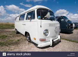 volkswagen 2017 campervan vw campervan camper van vans campervans bay window volkswagen cal