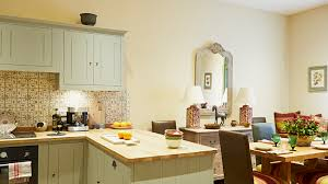 best paint to paint kitchen cabinets uk the best paint colours for facing rooms earthborn paints
