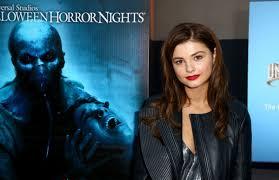 2015 halloween horror nights stefanie scott at halloween horror nights celebration 09 18 2015