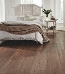 Is Vinyl Flooring Better Than Laminate Furniture U0026 Accessories Pros And Cons Is Laminate Flooring