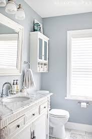 Ways To Decorate A Small Bathroom - 25 decor ideas that make small bathrooms feel bigger makeup
