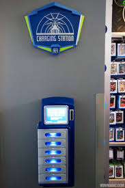 hands on with the new smartphone charging lockers at the magic kingdom