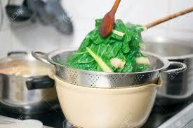 cuisine faire blanchir blanchir en cuisine 100 images tourin blanchi la cuisine de