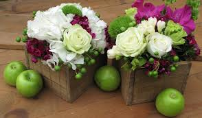 Wooden Centerpiece Boxes by The Rustic Elegance Of Wood Crate Centerpieces Bella Flowers U0027 Blog