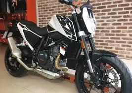 Ktm D Motorcycle Rental In Les Sables D Olonne Ktm 690 Duke Easy Renter